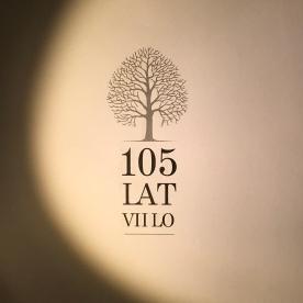 Logotyp 105 lat VII LO
